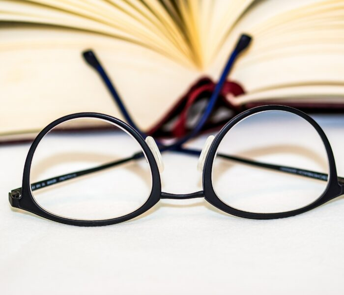 Adaptation to glasses with a new prescription